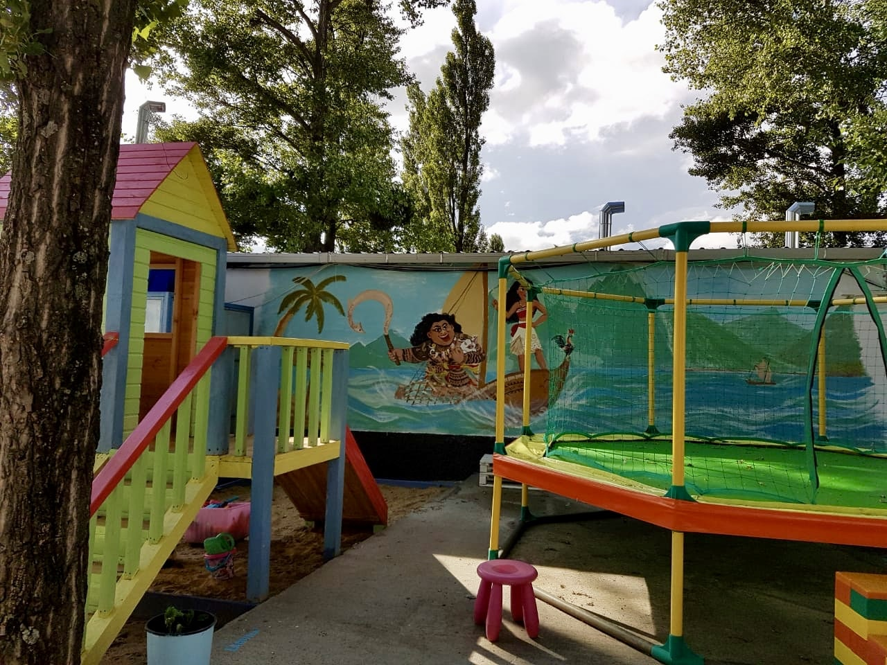 საოჯახო სასტუმრო ლაგუნა ბაზალეთი - საბავშო ზონა
